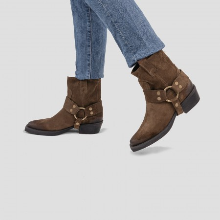 Baisley Perforated Lime