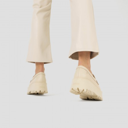 Gamlett Buckle Off White